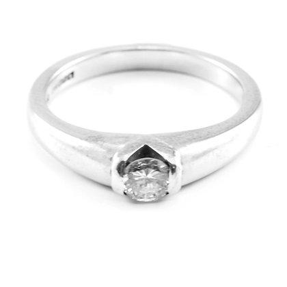 18ct Diamond (0.25)