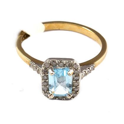 9ct Diamond Topaz