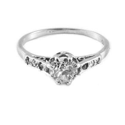18ct Diamond (0.50)