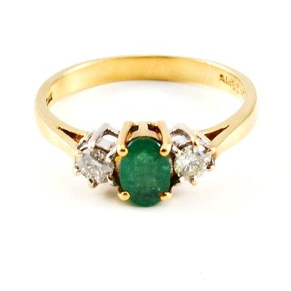 18ct Diamond Emerald