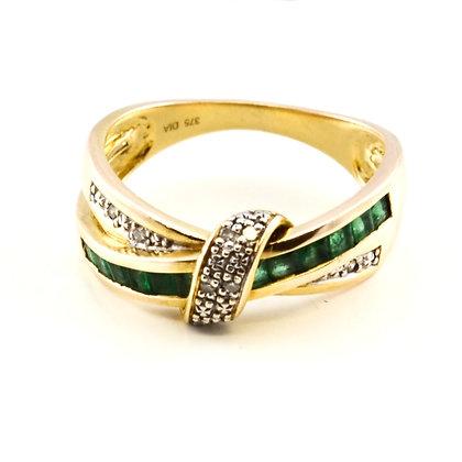 9ct Diamond Emerald (0.025)