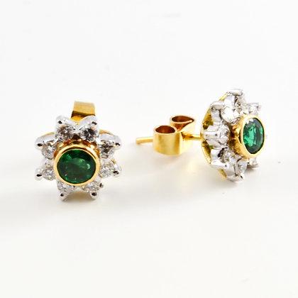 18ct Diamond Emerald Studs