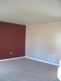 1070 w. bainbridge st - living room.jpg