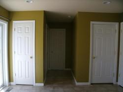 1070 w. bainbridge st - kitchen hallway.jpg