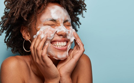 Live Well - Skin Tips!