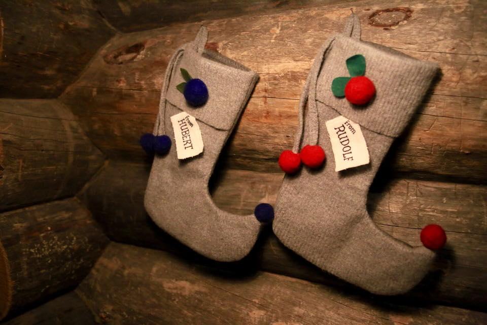 Christmas stockings log cabin Laplan