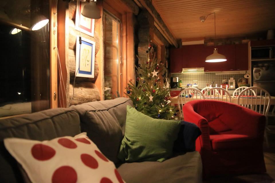 Christmas in log cabin Laplan