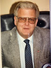 Former President, Carl Rohloff