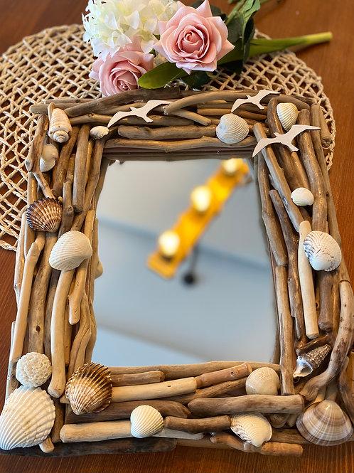 Driftwood Ayna