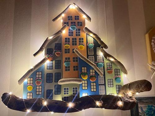 Işıklı ahşap evler