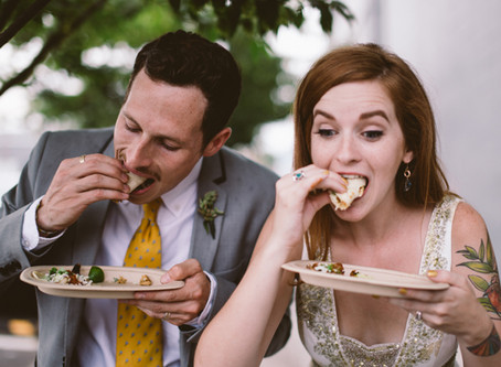 Food trucks at weddings bring trendy and affordable memories