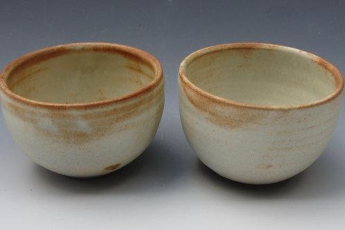 Set of 2 Stoneware Bowls