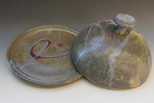 Stoneware Plate with Dome Cover