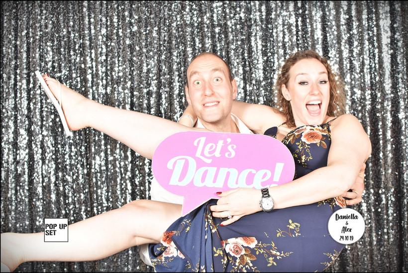 דניאלה ואלכס עמדת צילום POP UP SET (182)