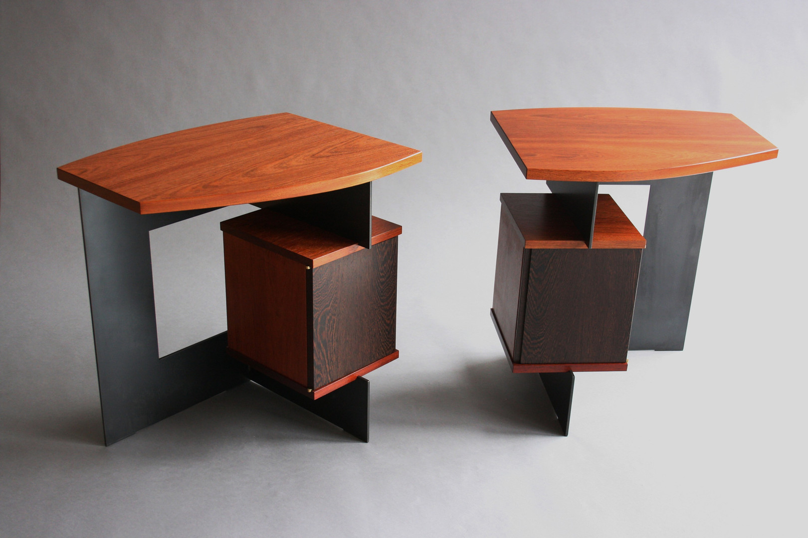 SCARLET END TABLES