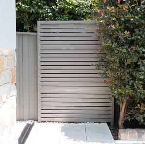 Custom Aluminium Slat Privacy Panel