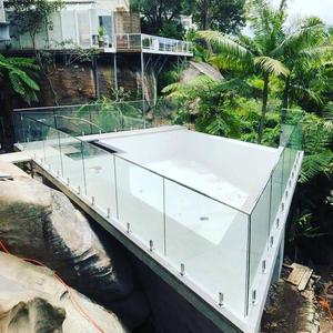 Glass Pool Fence1.jpg