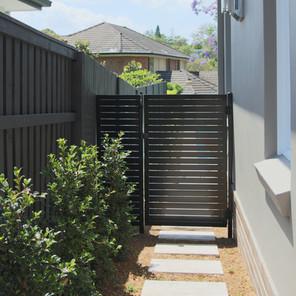 Welded Aluminium Slat Side Gate & Panel