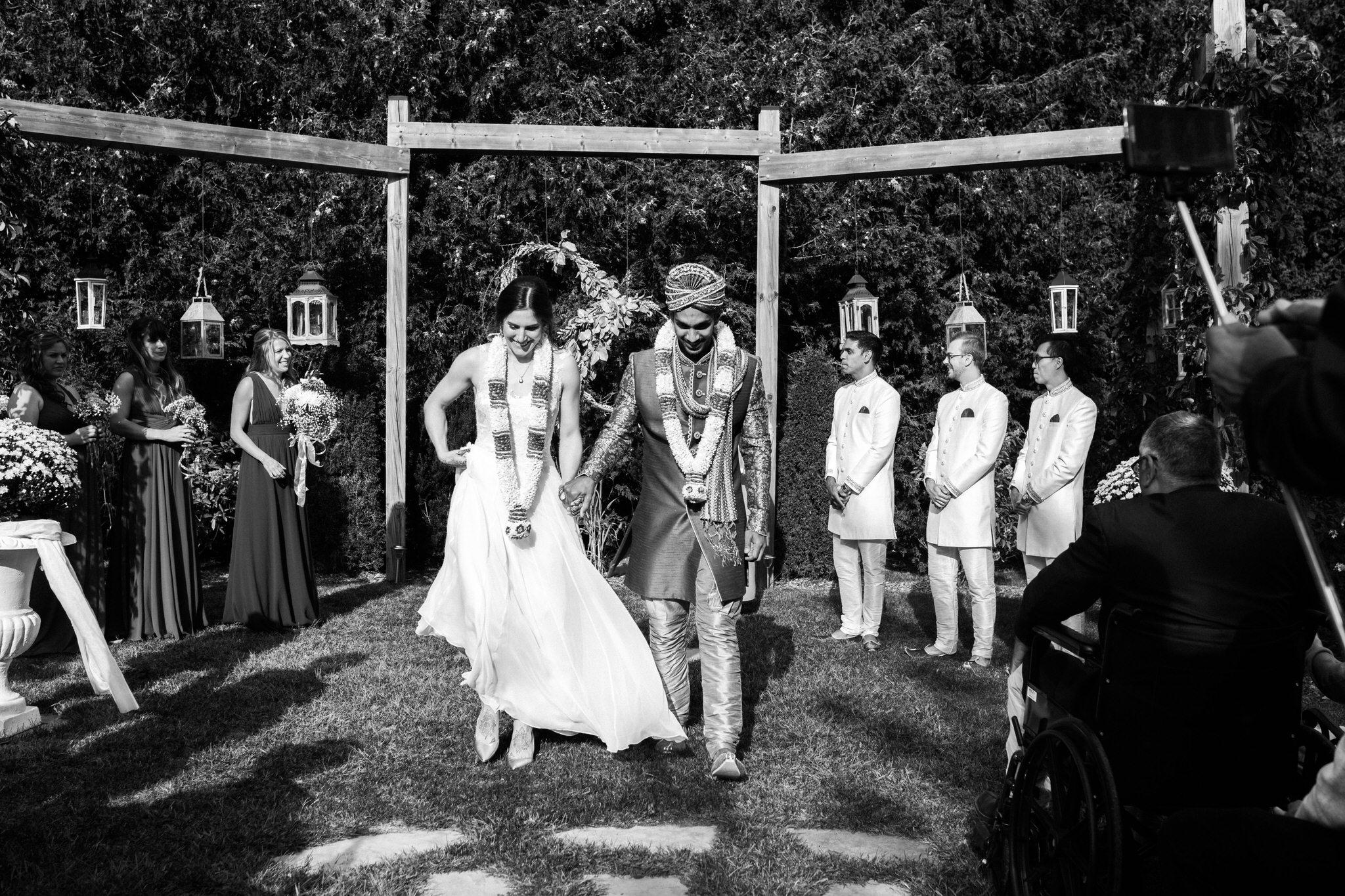 Northview Gardens Wedding - newlyweds - hindu wedding