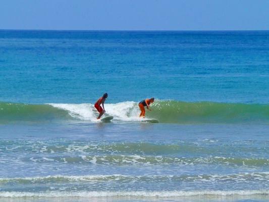 surf_samara_carrillo_barrigona_buenavist