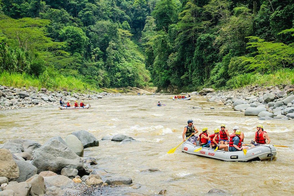 turrialba-pacuare-river-rafting-XL-1.jpg