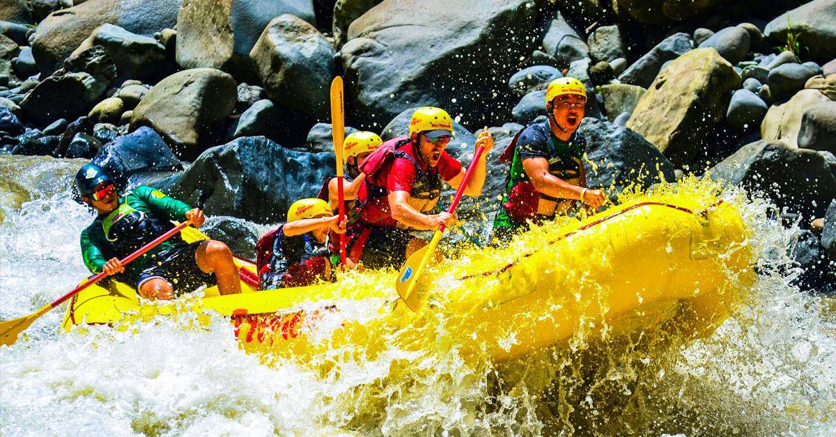 costa-rica-white-water-rafting.jpg