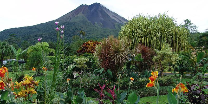 ver-centroamerica-costa-rica-volcan-aren