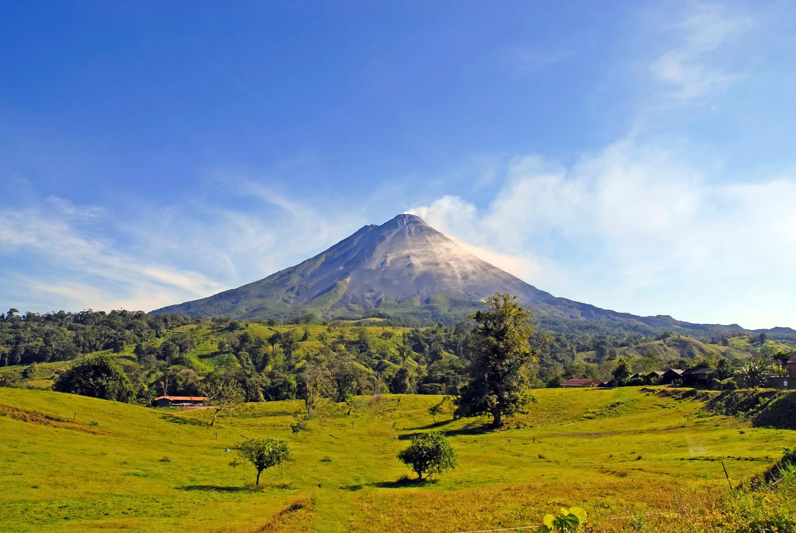 visita-al-volcán-Arenal-1.jpg
