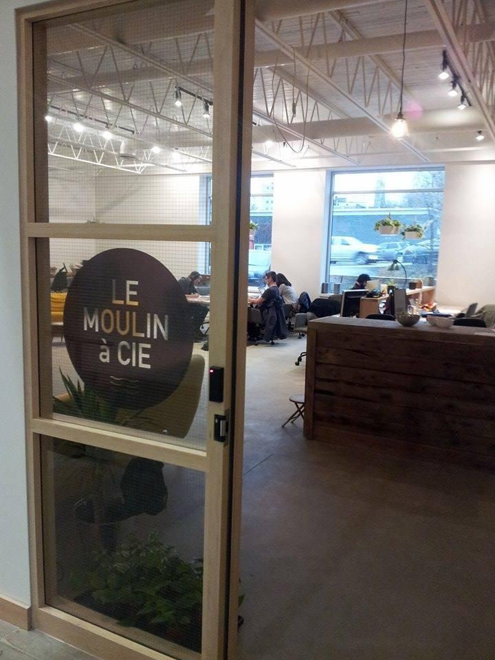 Entrée coworking Moulin à Cie