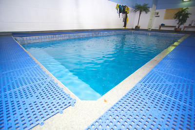 "24""  X 11"" indoor heated pool"