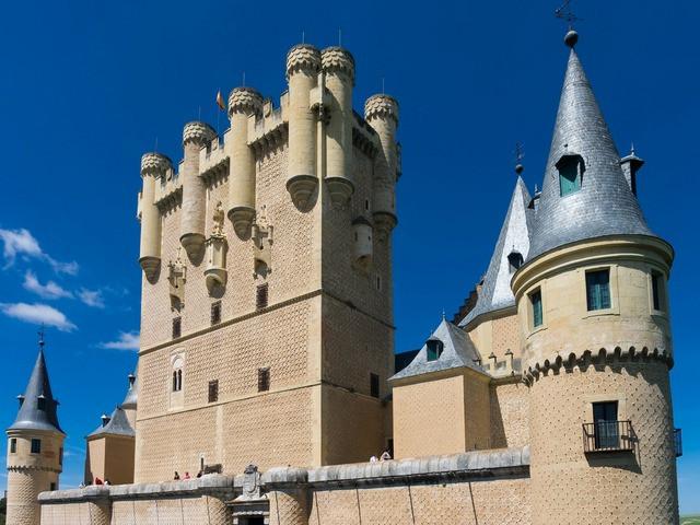 Los castillos de segovia esconden secretos, desde el primer siglo hasta los días de Disney