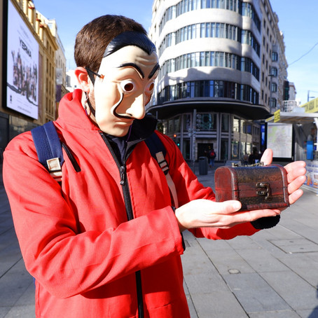 """Free """"La Casa de papel"""" Walking Tour in Madrid – Leaving the screen and going out to the streets"""