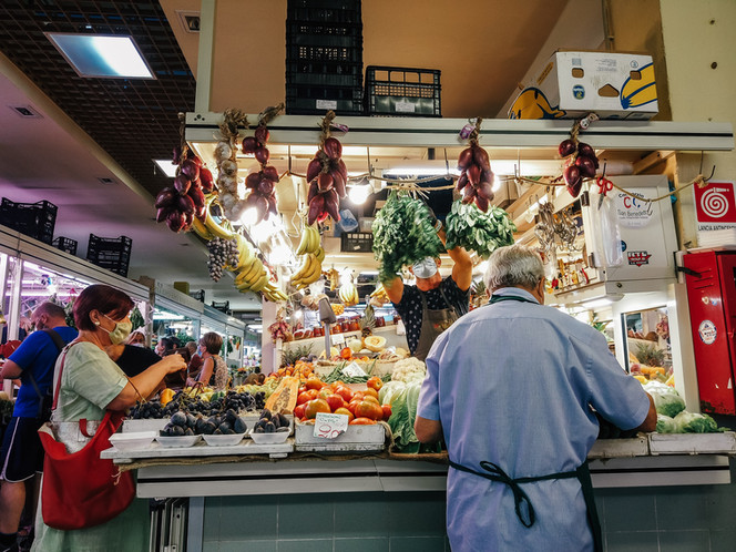 Stalls-Tapas-Madrid.jpg