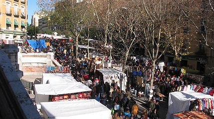 El-Rastro-Sunday-Market.jpg