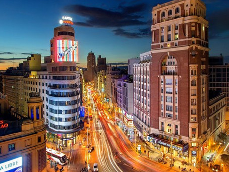 The Best Night Scenes in Madrid are Revealed in our Exclusive Night Tour