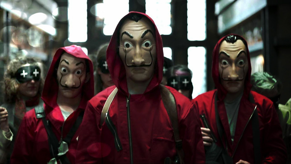 """Best """"money heist"""" experience in Madrid, with games, prizes and explenations"""