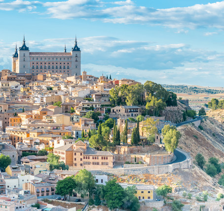 Day trip to Toledo from Madrid you will be able to get an impression of the magical medieval city