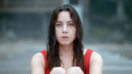 Best Actress: Tie: Aubrey Plaza
