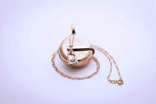 Houdini heart locket