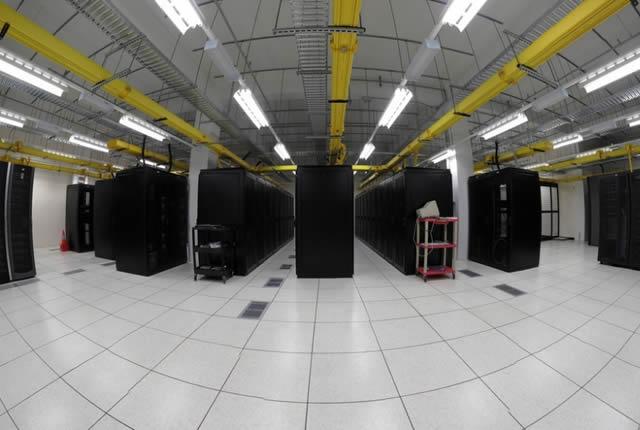 data-center-03