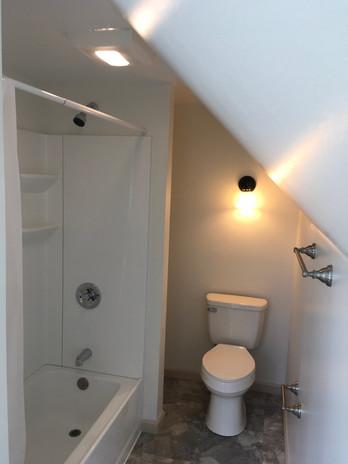 BathroomUpstairs.jpg