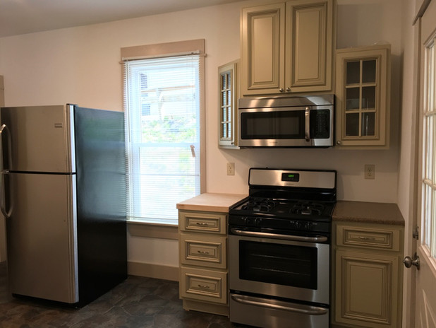 KitchenMainfloor.jpg