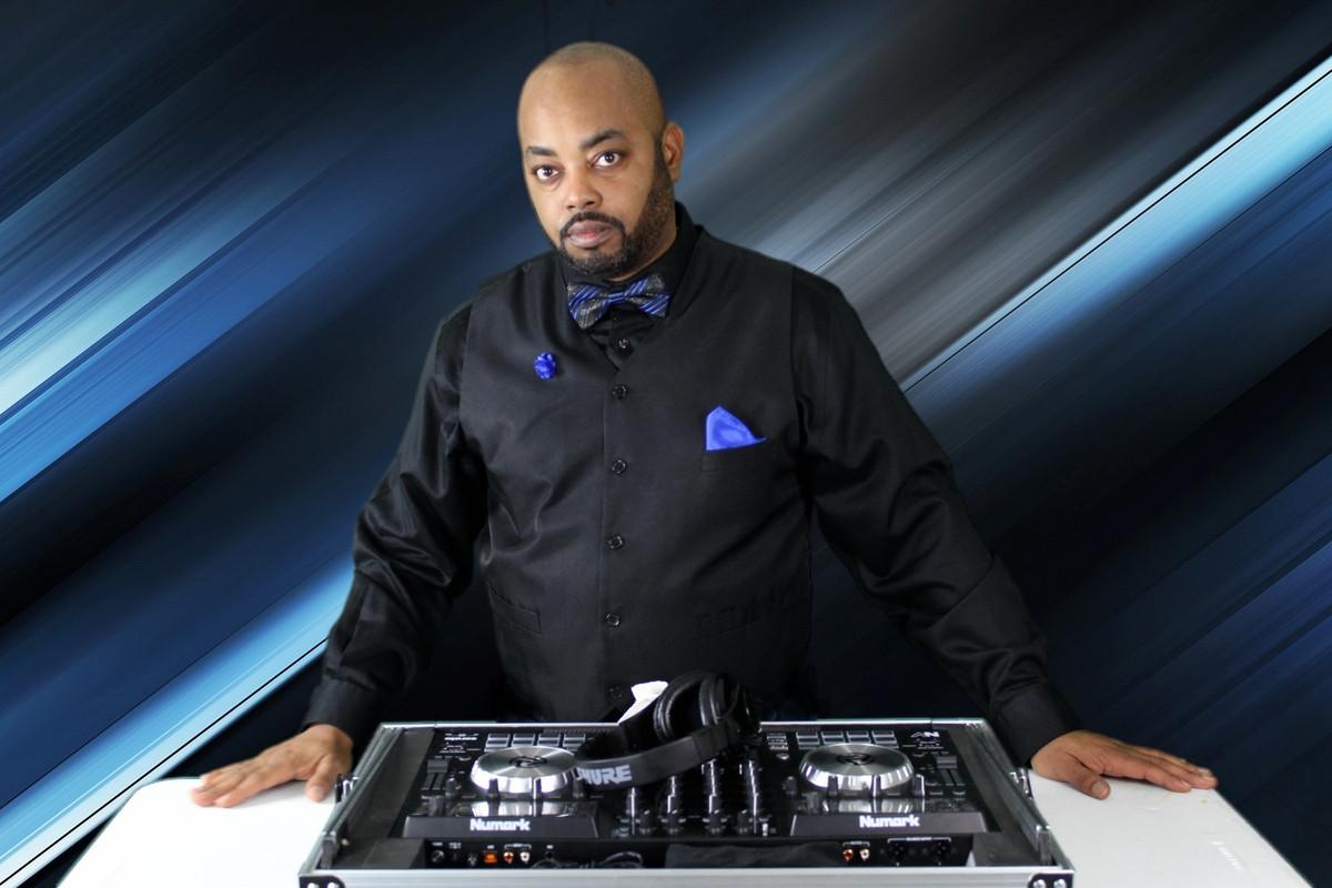 DJ Frizzy