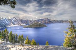 crater-lake-277123.jpg