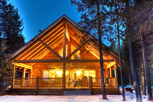 Beautiful Log Chalet at Lakewoods Village