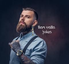 Llan Valls Joies Man Beard & Earrings.jp