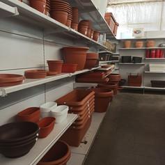 Jardineras de plástico (marrones)
