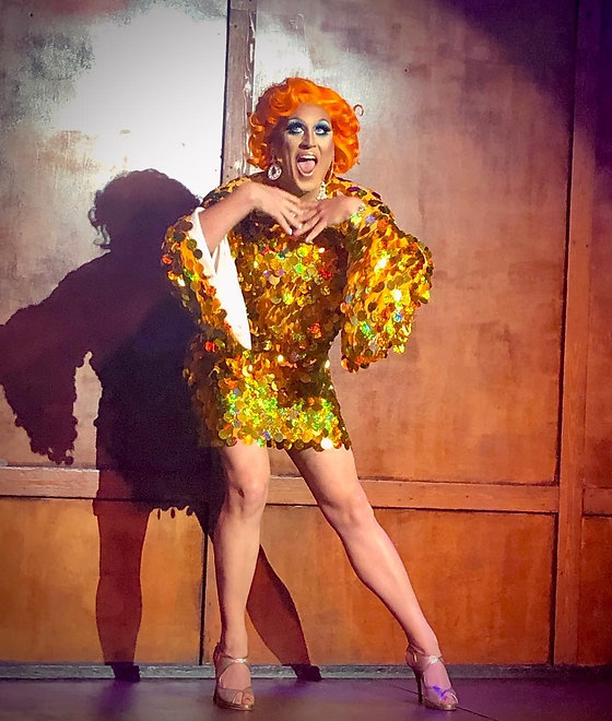 drag-queen-stage-performance2.jpg