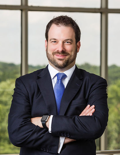 Brian Legum, esq. is a bilingual attorney. Specializing on car accidents, wrongful death, and workers' compensation.