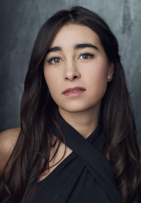 Lara Bellis